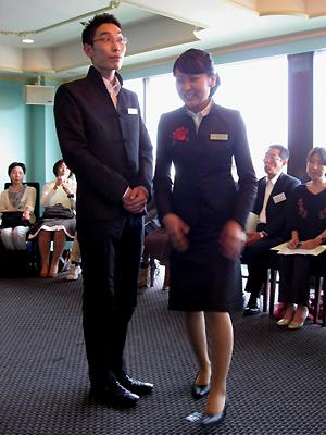 ローズホテル横浜・重慶飯店 制服リニューアル
