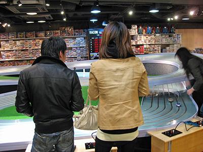 新横浜ラーメン博物館 スロットレーシング場オープン