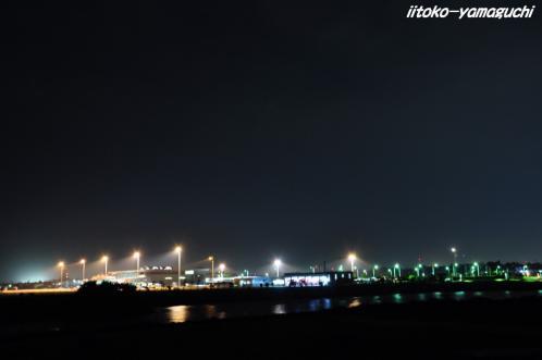夜の空港01