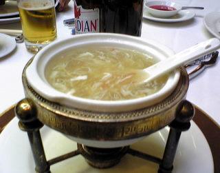 フカひれスープ