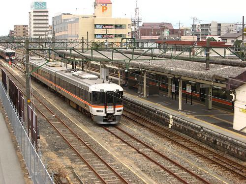 駅構内にて 2