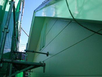 2階破風塗装後