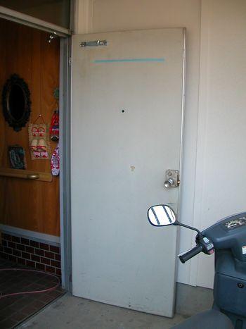 ドア工事前内側