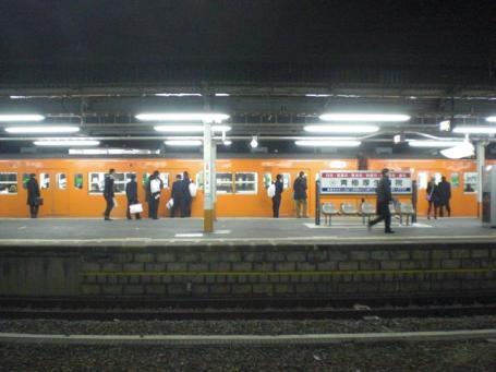 拝島駅3番線