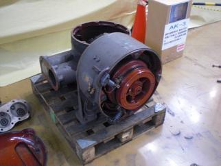 AK-3空気圧縮機