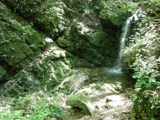 17御主殿の滝