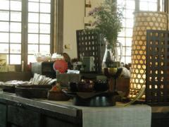 3.駅カフェの中