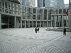 7.都庁中庭