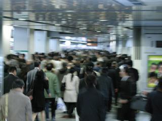 2.新宿駅