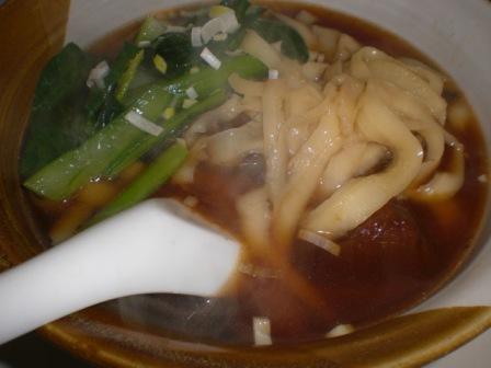 さがみ野梅林園の刀削麺