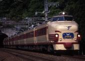 JR-W-485-b-shirasagi.jpg