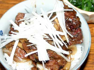 鶏レバー丼2