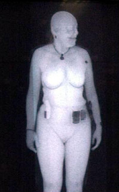 Backscatter_x-ray_image_woman.jpg